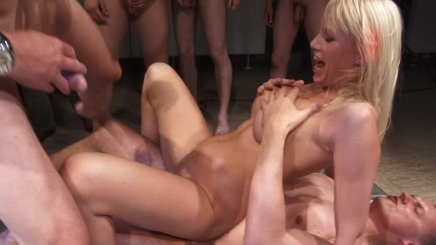 Gang-Bang TOTAL - Laureen Pink