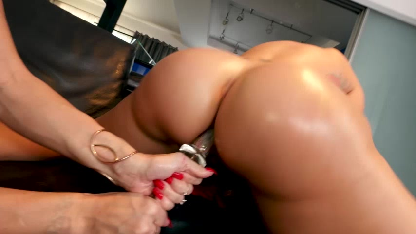 Lesbian Anal Trainers 2