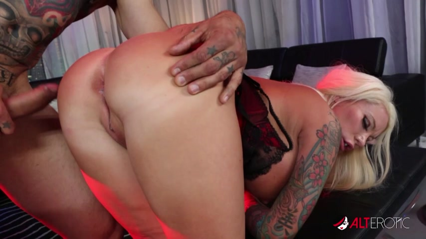 Lolly Ink thirsty mouth and pussy are ready to receive full load
