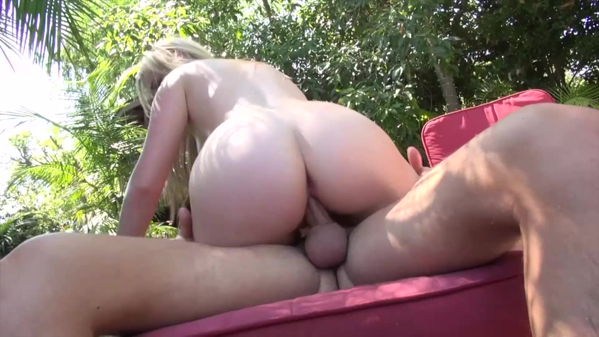 ClubX 35 - Oiled Up Lovers
