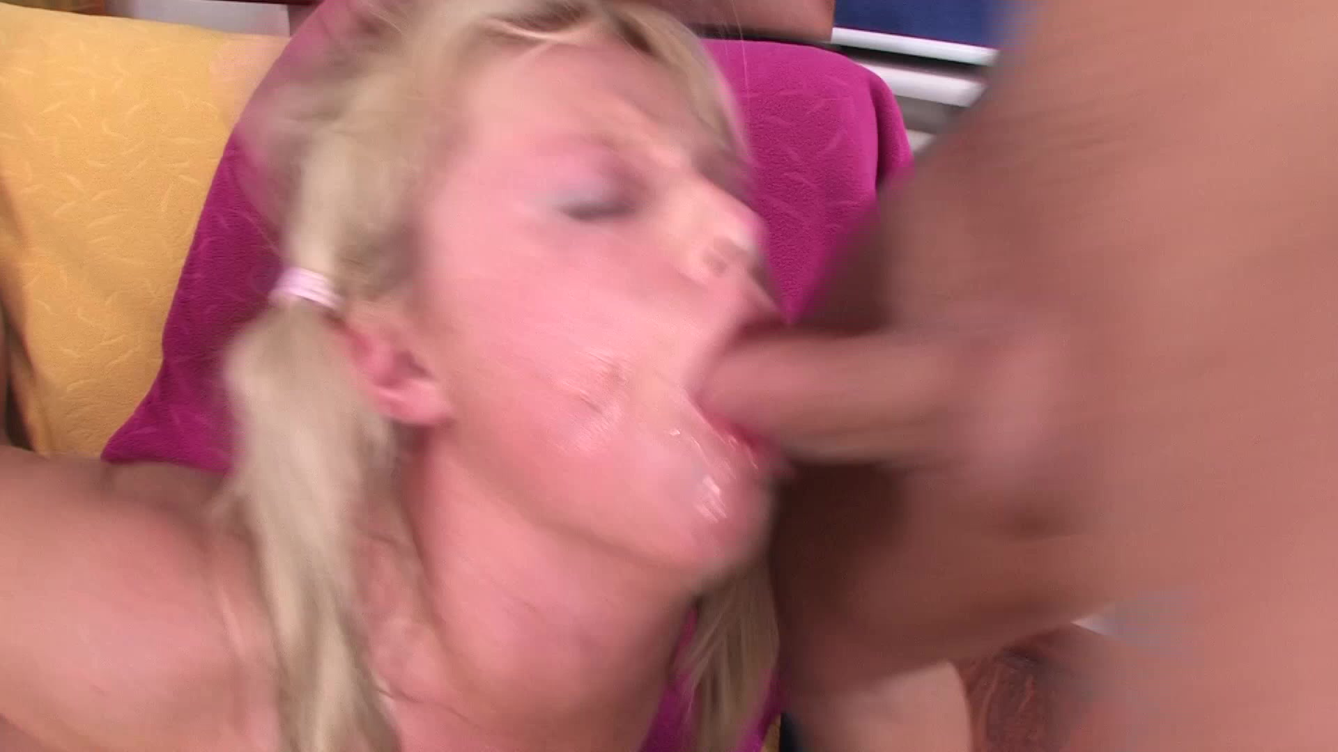 Teen Extreme Pleasing