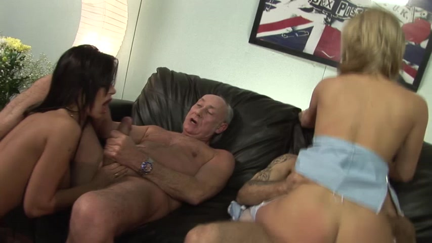 Group Sex Experience 23